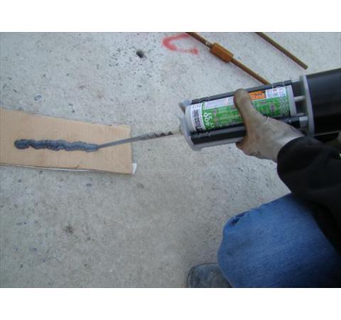 Installation des ancrages chimiques